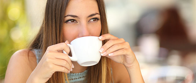 Good-morning-tea-drinking-woman