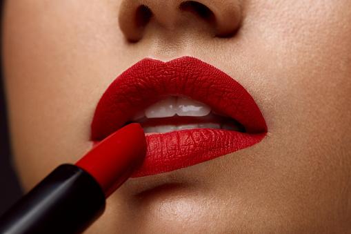 7 Jenis Lipstick