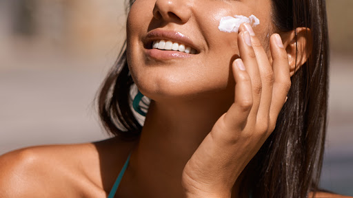 Face Sunscreen Using