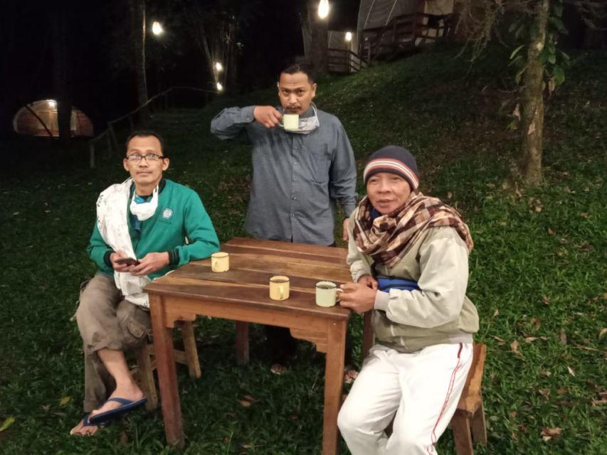 Dokumen Pribadi : Menikmati kopi asli