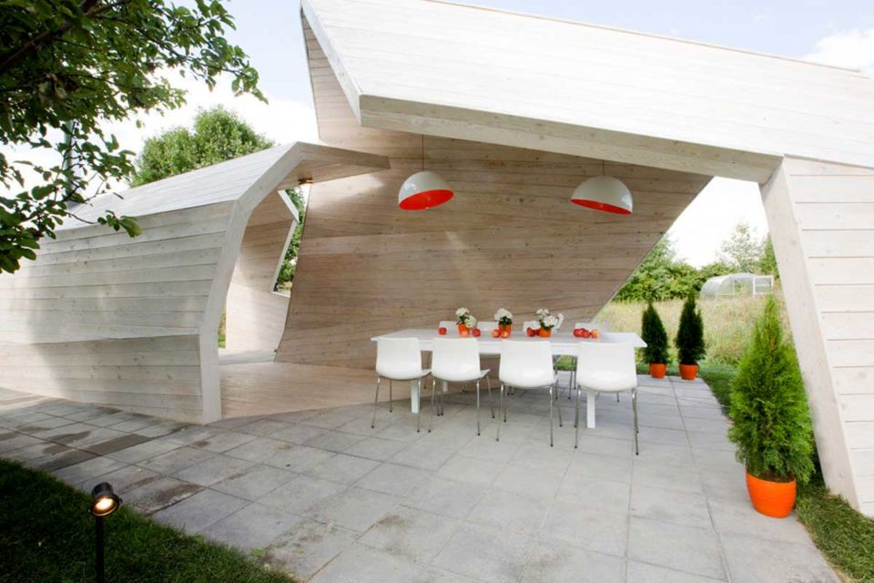 Gazebo minimalis karya Za bor architects