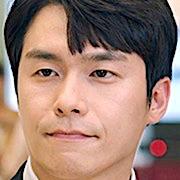 Kakak Hye Jun yang diperankan oleh Lee Jae Won