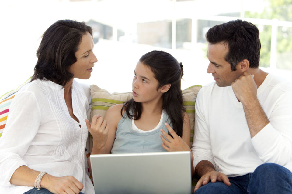 Komunikasi bersama keluarga