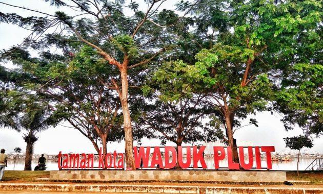 Taman Kota Waduk Pluit (JejakPiknik.com)