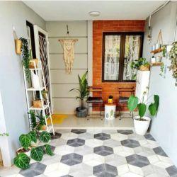 8 motif keramik teras rumah yang tampak estetik. enak