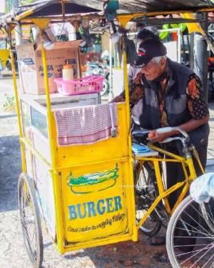 Burger Dinar