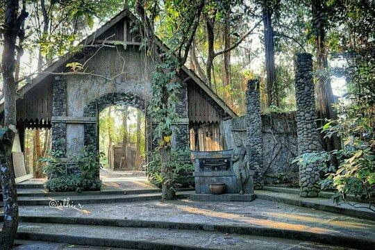 Photo by casaindonesia on website