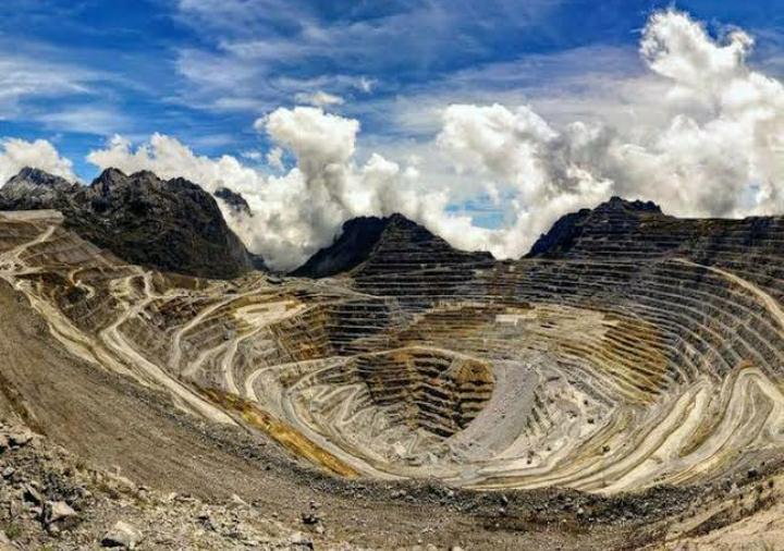 Penampakan salah satu tambang di Indonesia