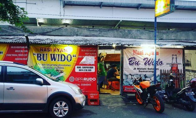 Warung Nasi Ayam Bu Wido by Jejak Piknik
