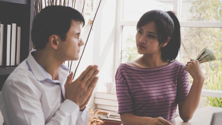 5 Rekomendasi Alasan buat Pinjam Uang ke Teman. Siapa Tahu ...