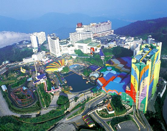 Genting Highland Theme Park | Photo by Pinterest