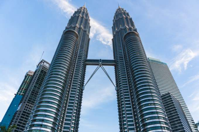 Petronas Twin Tower | Photo by Traveloka