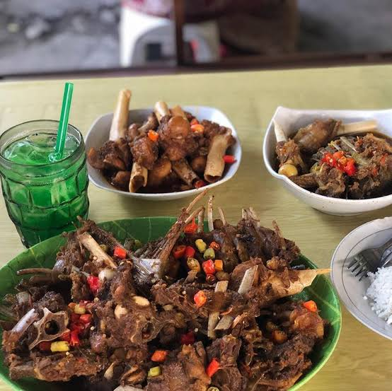 Photo by Travelingyuk.com