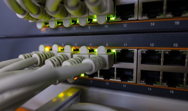 Mengenal Apa itu Router, Cara Kerja, Fungsi, Jenis, dan ...