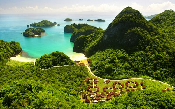 Caramoan Island by Experience Philippines