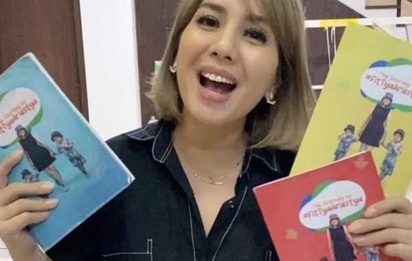 Foto Buku Diet Tya