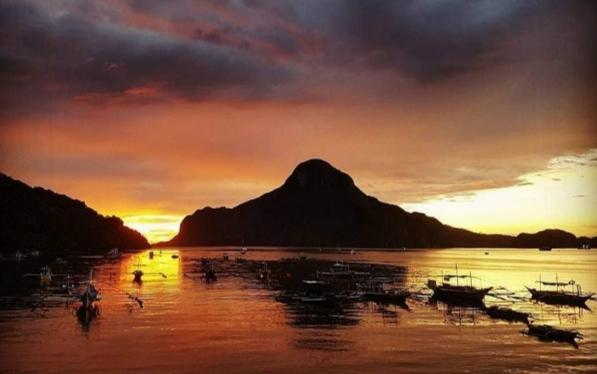 Sunset di Pulau Palawan
