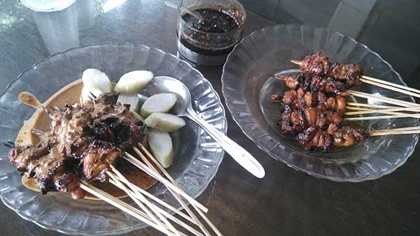 Sate Ayam khas Cilacap. Sumber: info-kuliner.com