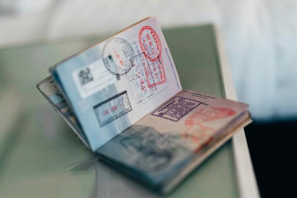 A passport. Sumber: unsplash.com/Convertkit