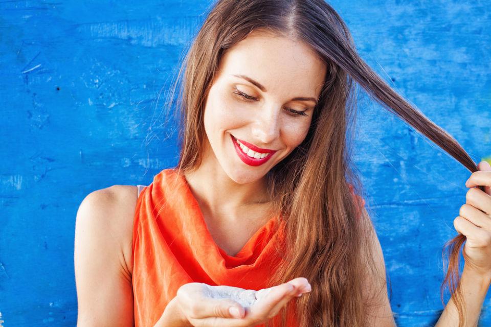 manfaat baking soda untuk rambut