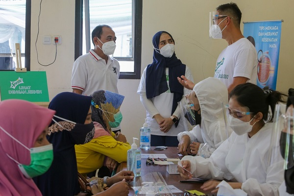 Yayasan Sejuta Kacamata Untuk Indonesia