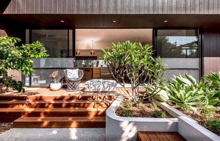 desain teras rumah depan
