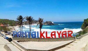 https://www.travelingan.net/pantai-klayar/