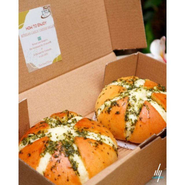 Photo Korean Garlic Cheese Bread from Shopee