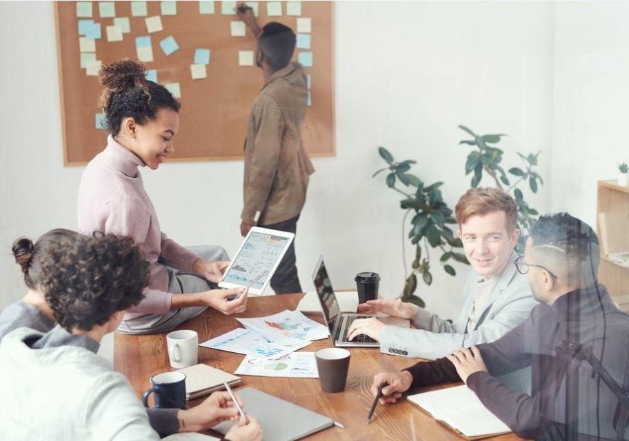 Ilustrasi sebuah organisasi